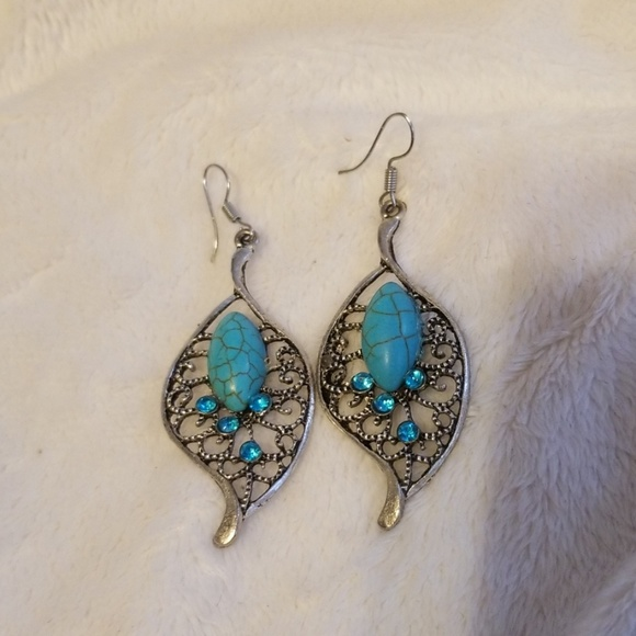 Fashion Jewelry Jewelry - Turquoise leaf style earrings